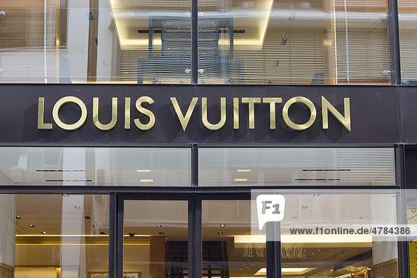 Louis Vuitton  Luxusgeschäft  Neuer Wall  Hamburg  Deutschland  Europa