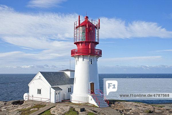 Leuchtturm in Lindesnes an Norwegens südlichstem Punkt  Norwegen  Skandinavien  Europa