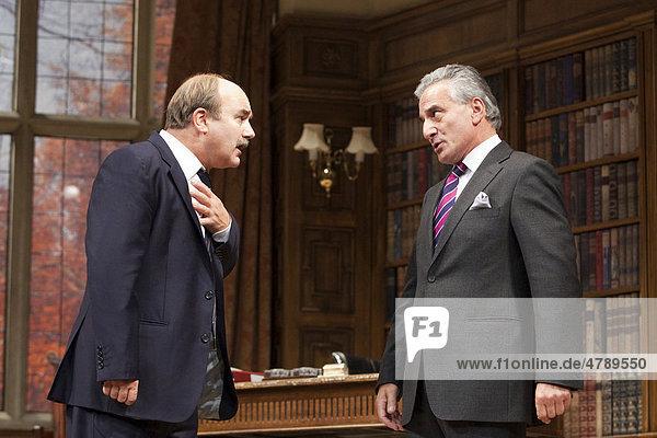 Theaterstück  politische Komödie Yes  Prime Minister mit David Haig und Henry Goodman  Gielgud Theatre  London  England  Großbritannien  Europa