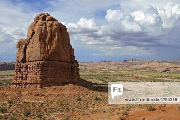 Felsformationen der Steinbogen Turret Arch  Elephant Butte  North Window  South Window  Balanced Rock  Arches Nationalpark  Moab  Utah  Südwesten  Vereinigte Staaten von Amerika  USA