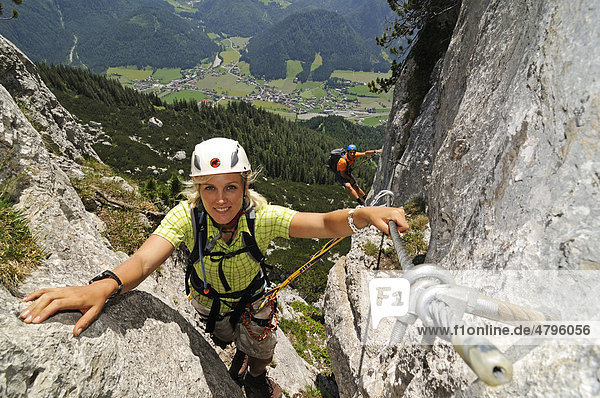 Klettersteig Reit Im Winkl : Klettersteige für faule hausbachfall bis hoachwool spiegel online