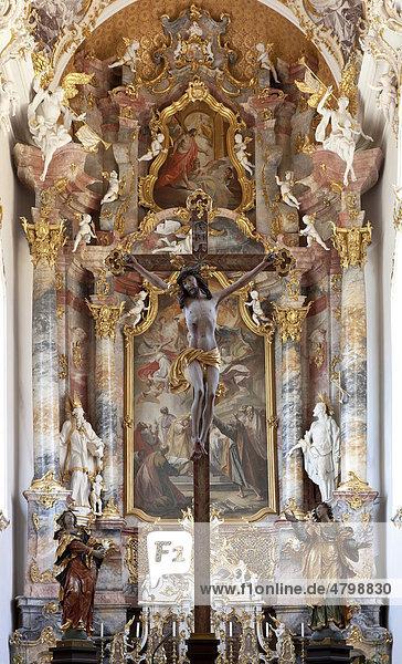 Altar der Klosterkirche  Kloster Roggenburg  Landkreis Neu-Ulm  Schwaben  Bayern  Süddeutschland  Deutschland  Europa