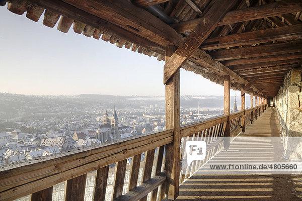 Blick von der Burg auf Esslingen im Winter  Baden-Württemberg  Deutschland  Europa