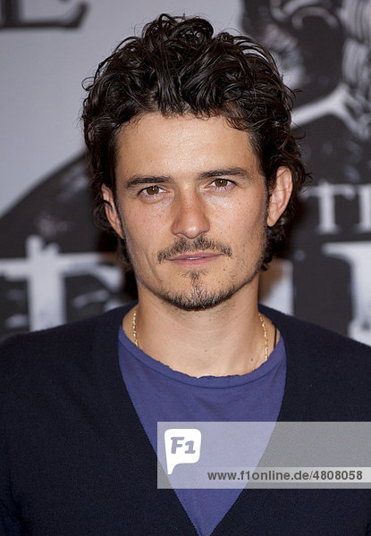 Orlando Bloom at the photocall of the movie The Three Musketeers in Munich  Bavaria  Germany  Europe