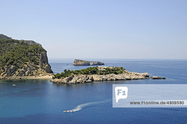 Kleine Inseln,  Küste,  Bucht,  Port de Sant Miquel,  Hafen,  Ibiza,  Pityusen,  Balearen,  Insel,  Spanien,  Europa
