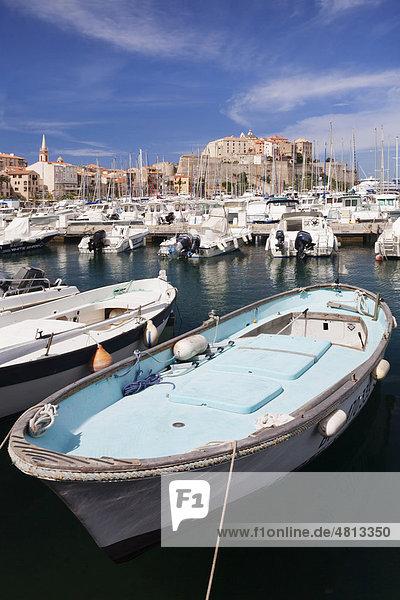 Hafen von Calvi  Korsika  Frankreich  Europa