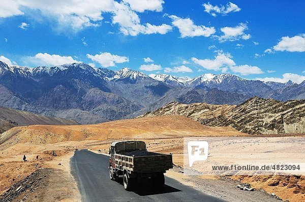 In the north of India there are many borders On the road from the capital city Leh near the border between China Dissolute mountain view continue