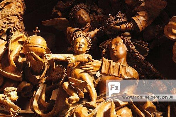 Österreich  Niederösterreich  Mostviertel  Wachau  Wallfahrtskirche Mauer bei Melk  Marienstatue und Kind