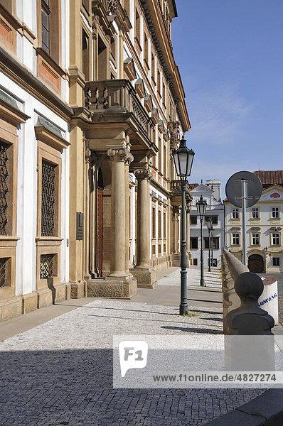 Toskana Palast  Hradschiner Platz  Altstadt  Prag  Tschechien  Tschechische Republik  Europa