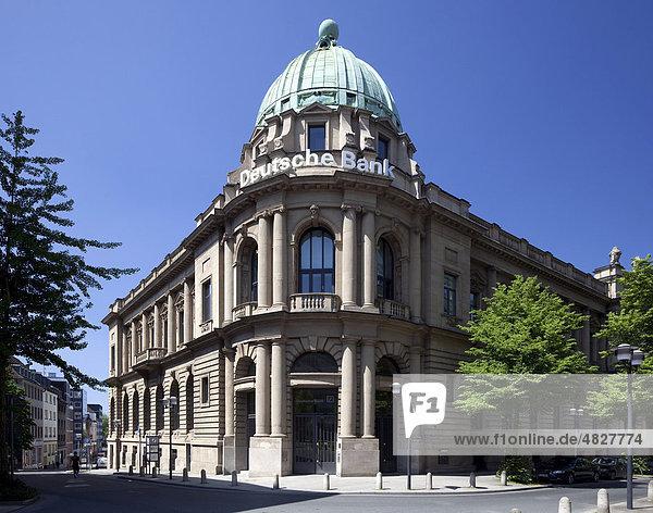 Deutsche Bank  Essen  Ruhrgebiet  Nordrhein-Westfalen  Deutschland  Europa