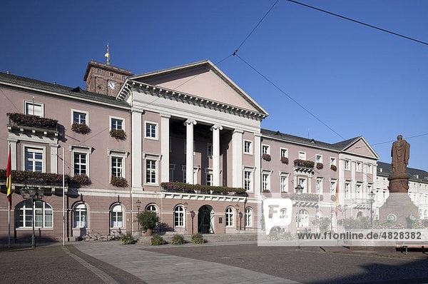 Rathaus  Karlsruhe  Baden-Württemberg  Deutschland  Europa