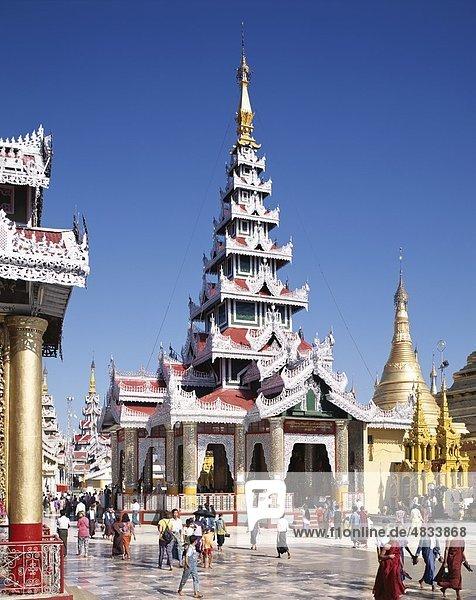 Buddhistische  Birma  Asien  Urlaub  Landmark  Myanmar  Schreine  Shwedagon Pagode  Tourismus  Reisen  Urlaub  Yangon