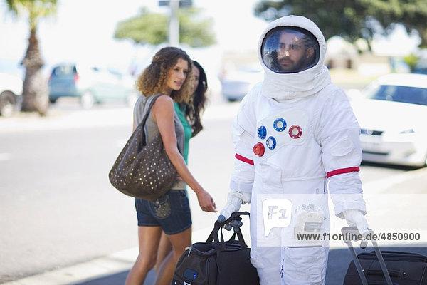 Astronaut nach der Arbeit