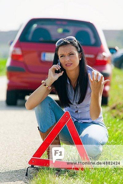 Frau  Warnung  jung  Burnout  Burnout-Syndrom  Dreieck