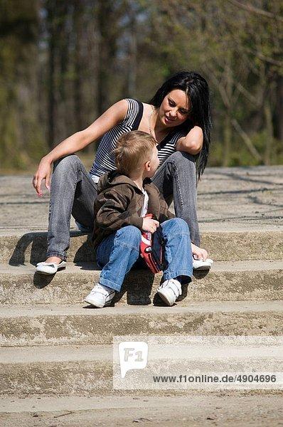 Sohn , Treppenhaus , Mutter - Mensch
