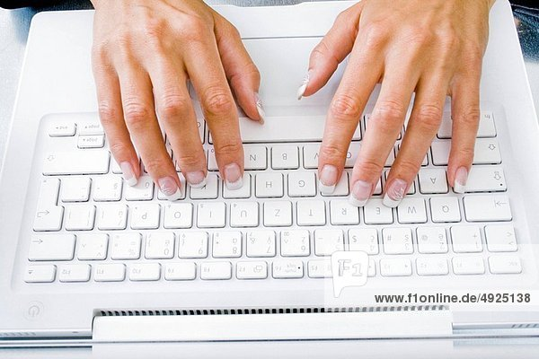 Computertastatur  Tastatur  Frau