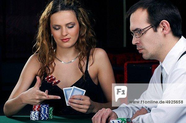 Frau  Mann  Poker