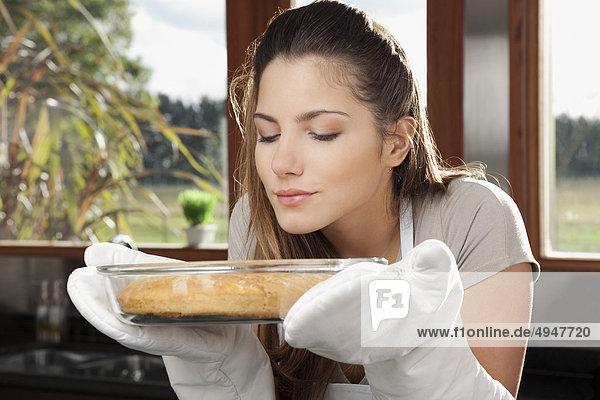 stinken Jugendlicher Küche Kuchen Mädchen riechen stinken,Jugendlicher,Küche,Kuchen,Mädchen,riechen