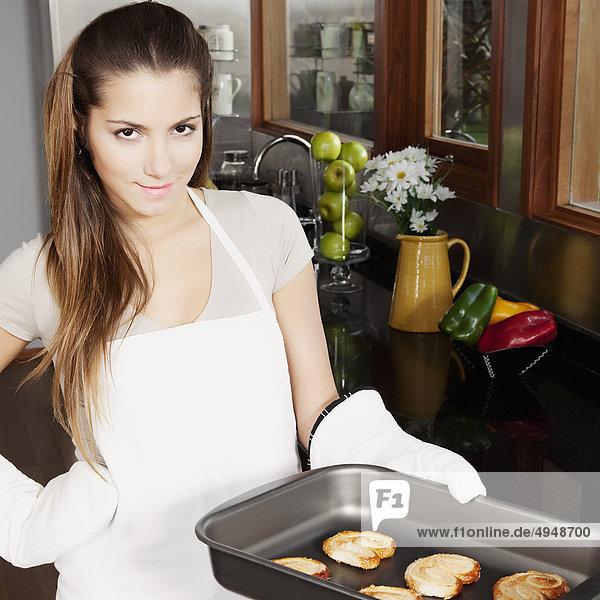 Jugendlicher halten Keks Mädchen gebacken Jugendlicher,halten,Keks,Mädchen,gebacken