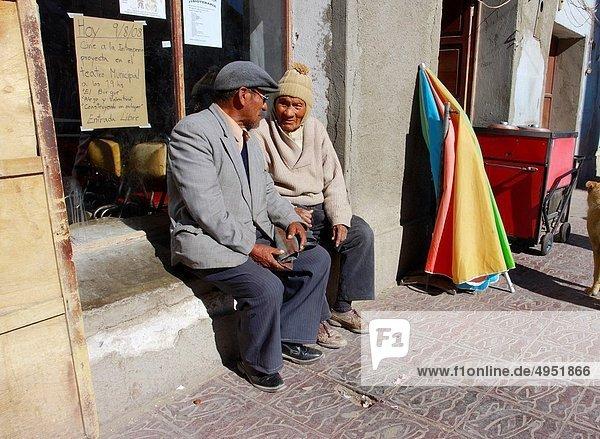 sitzend  Mann  Straße  Bolivien