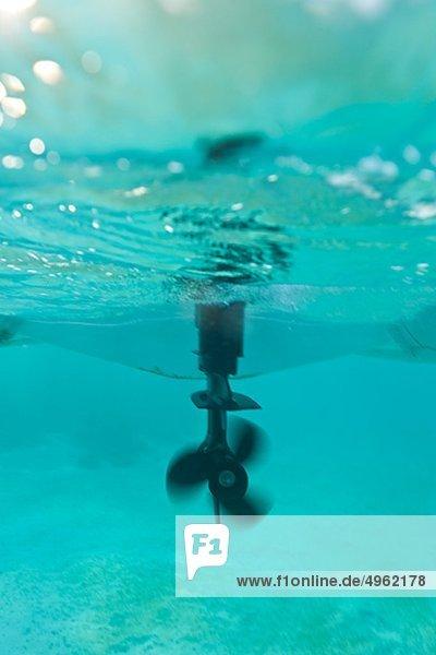 Propellor und Ruder Jolle Unterwasser