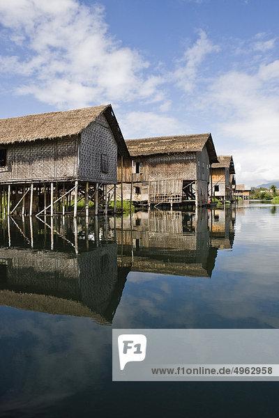 Stelzenhäuser am Inle See  Myanmar
