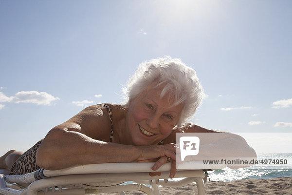 Senior  Senioren  Frau  Strand