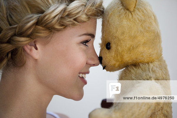lächeln  Teddy  Teddybär  Mädchen