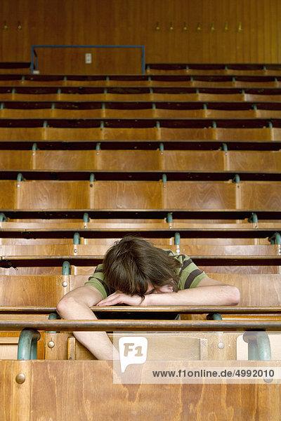 Student im Hörsaal