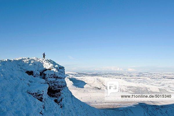 Winter Berggipfel Gipfel Spitze Spitzen Leuchtturm wandern