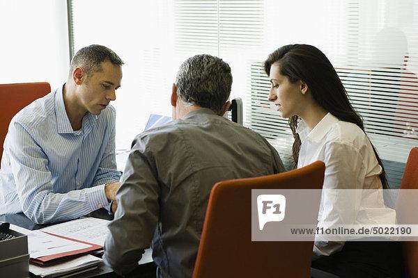 Unternehmertreffen mit Kunden