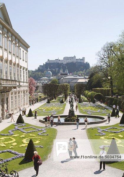 Gartenanlage im Schloss Mirabell  Salzburg  Österreich
