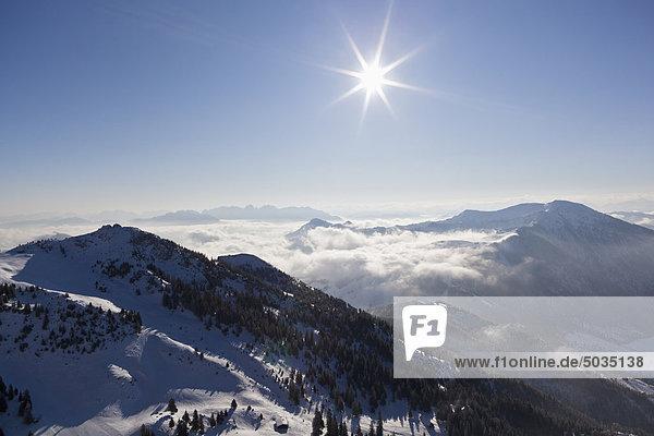 Süddeutschland  Oberbayern  Bayrischzell  Blick vom Wendelstein auf die europäischen Alpen
