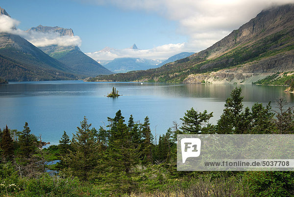 Goat Island in St. Mary Lake  Glacier National Park  Montana  USA