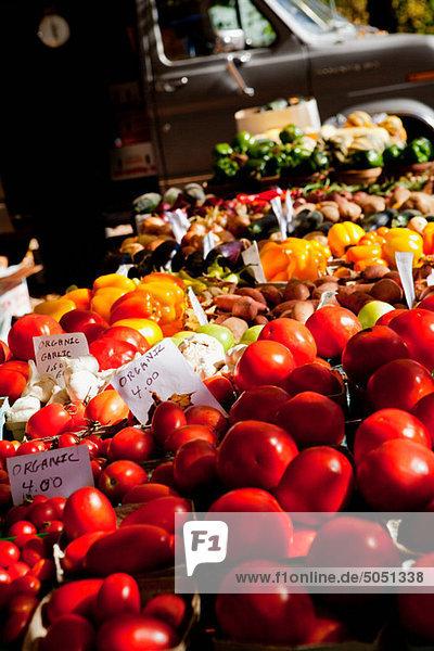 Gemüse auf dem Bauernmarkt