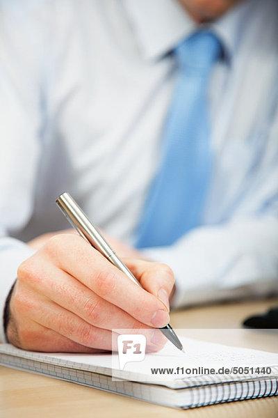 Büroberuf  die Notizen in notebook