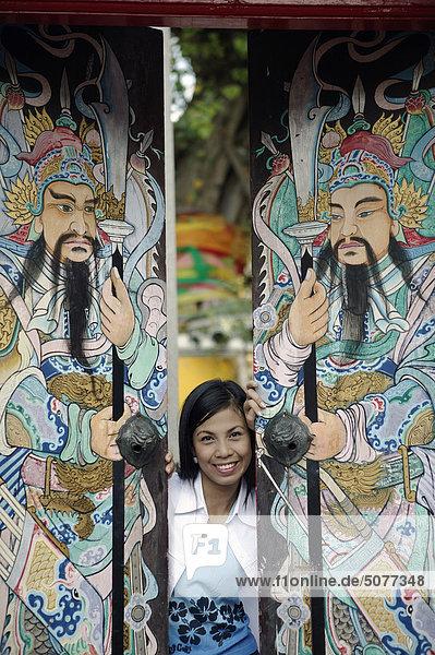 Thailand  Bangkok  Temple Wat Pho  thai woman