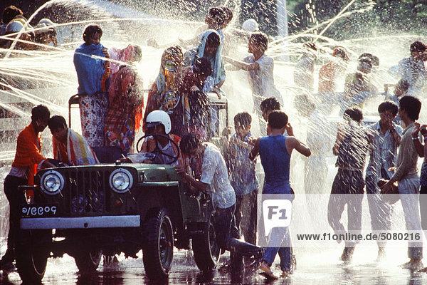 Wasser-Festival Mandalay  Myanmar (Burma)
