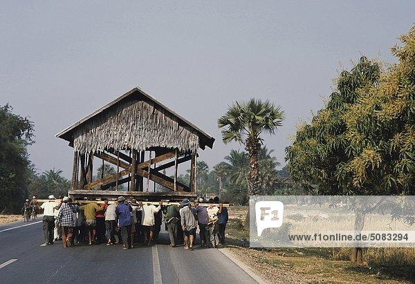 Wohnhaus Transport Landwirtin ernten Kambodscha