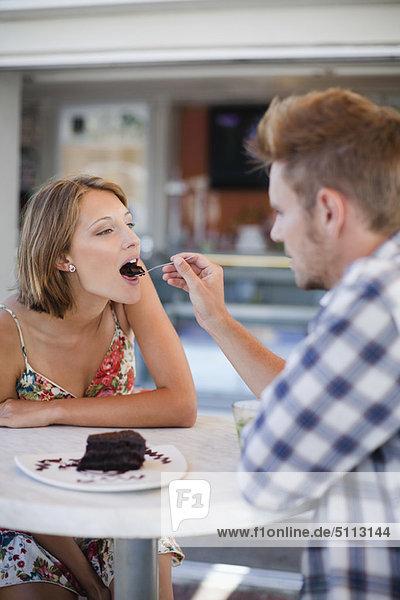 teilen  Cafe  Dessert