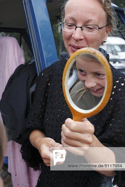 Mutter und Tochter  Schweden