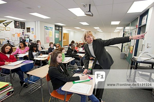 Madison Heights  Michigan - Beth Sabo teaches a language arts class to eighth graders at John Page Middle School in the Lamphere School District in suburban Detroit
