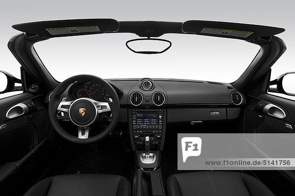 2012 Porsche Boxster S Black Edition in schwarz - Dashboard  Mittelkonsole  Getriebe-Shifter-Ansicht