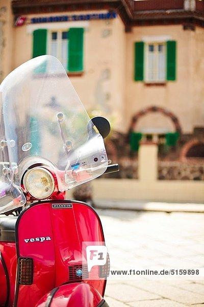 Stadt  parken  Mofa  Roller  Italien  alt  Sardinien