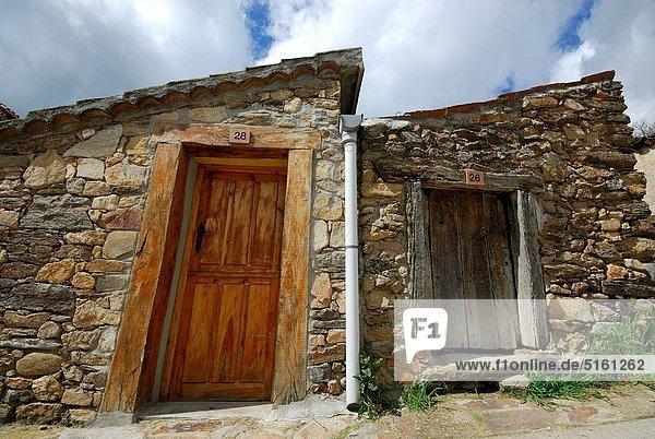 Madrid Hauptstadt Berg Gebäude typisch Spanien