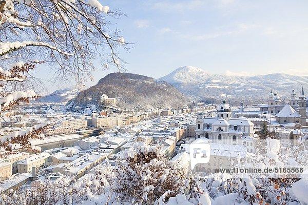 Salzburg im Winter  Österreich