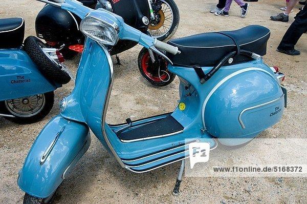 Motorrad  Mofa  Roller  Klassisches Konzert  Klassik