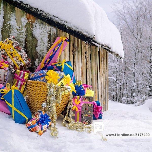 Geburtstagsgeschenk  Dach  Hütte  Schnee  Weihnachten