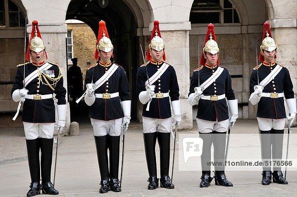 Großbritannien  London  Hauptstadt  Soldat  Wachmann  England