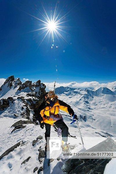 Bergsteiger  Berg  Berggipfel  Gipfel  Spitze  Spitzen  Schnee  Klettern